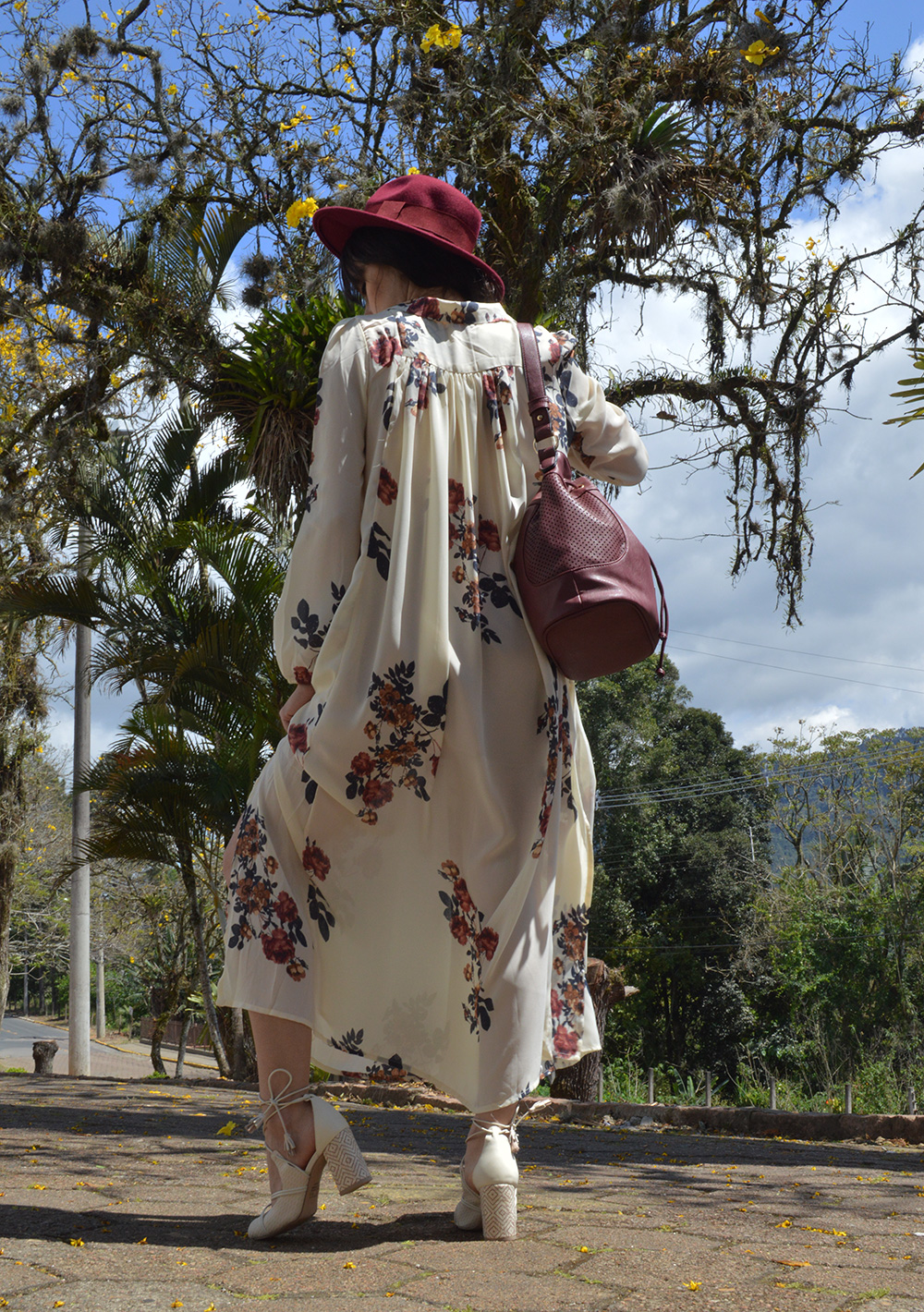 coming-up-roses-look-vestido-floral-rosegal-blog-ela-inspira-6