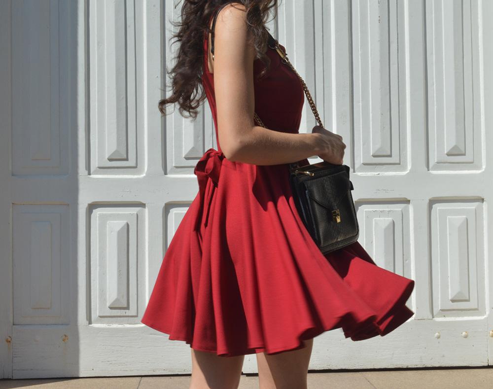 she-burns-the-red-dress-look-blog-ela-inspira-3