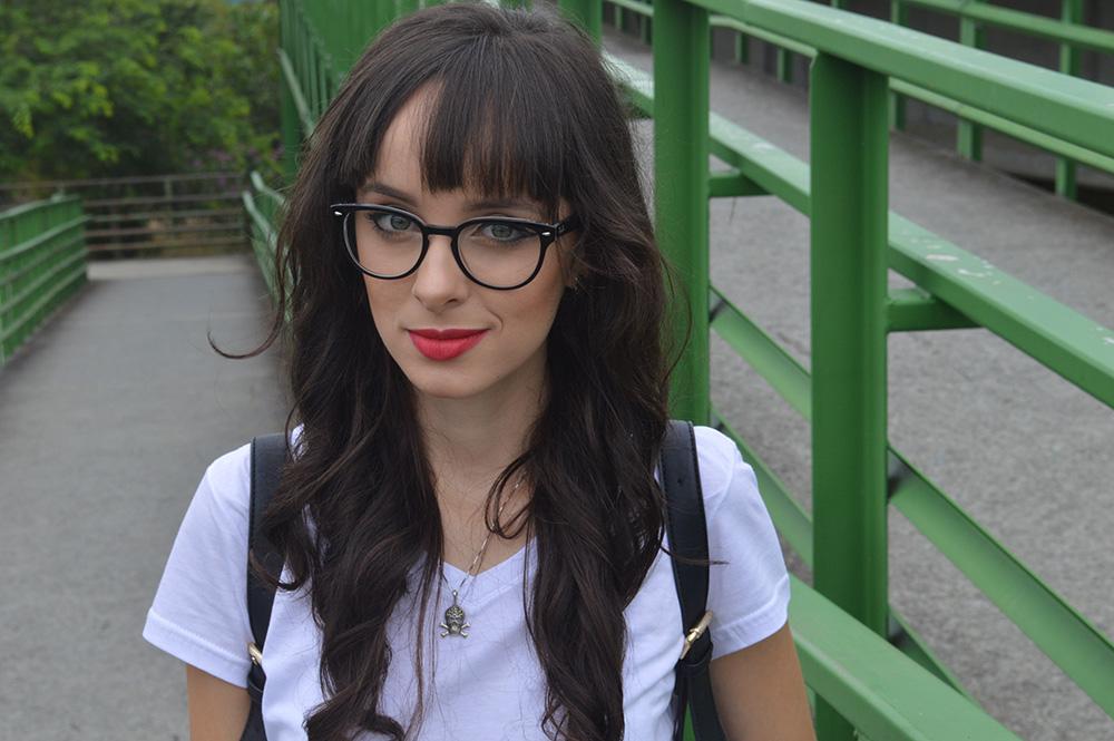 i-wear-glasses-look-tshirt-e-jeans-blog-ela-inspira-15