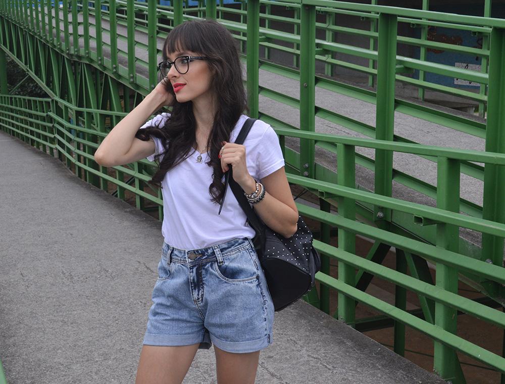 i-wear-glasses-look-tshirt-e-jeans-blog-ela-inspira-2