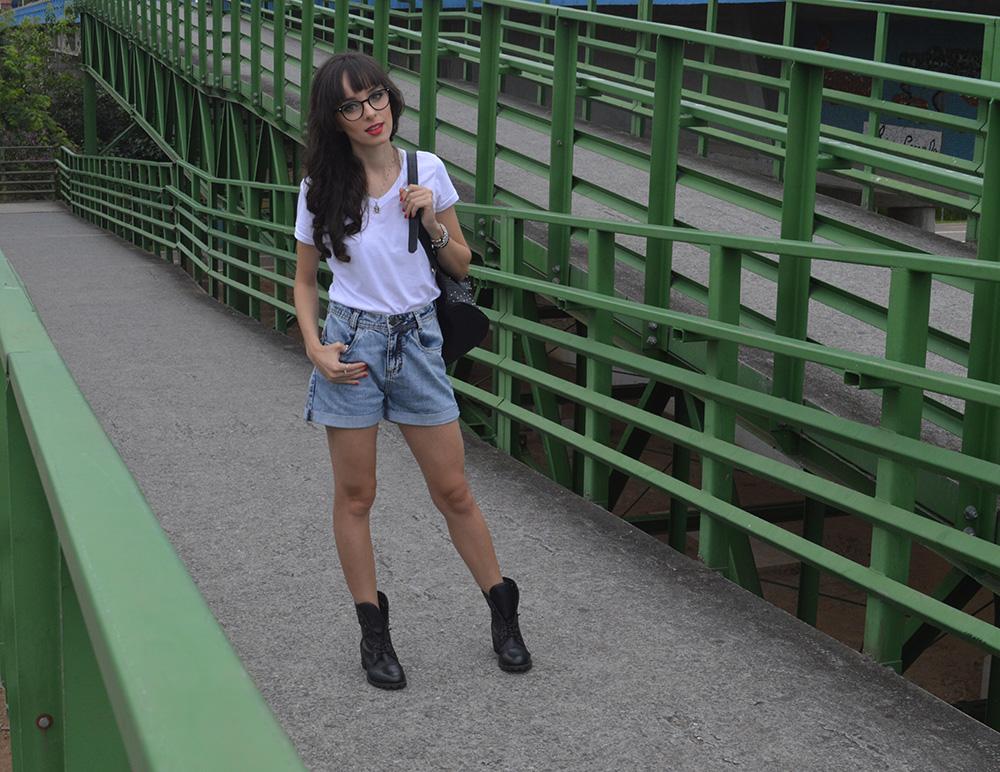 i-wear-glasses-look-tshirt-e-jeans-blog-ela-inspira-5
