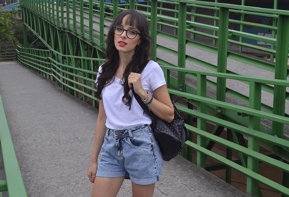 i-wear-glasses-look-tshirt-e-jeans-blog-ela-inspira-8