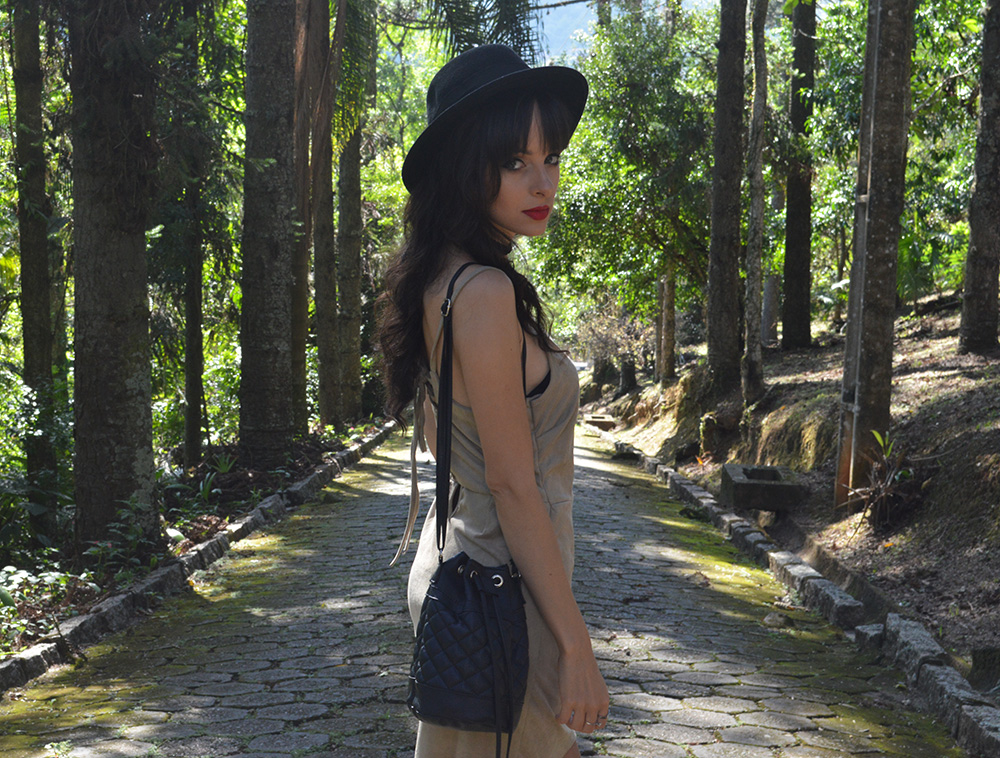 wanna-be-yours-look-vestido-suede-blog-ela-inspira-11