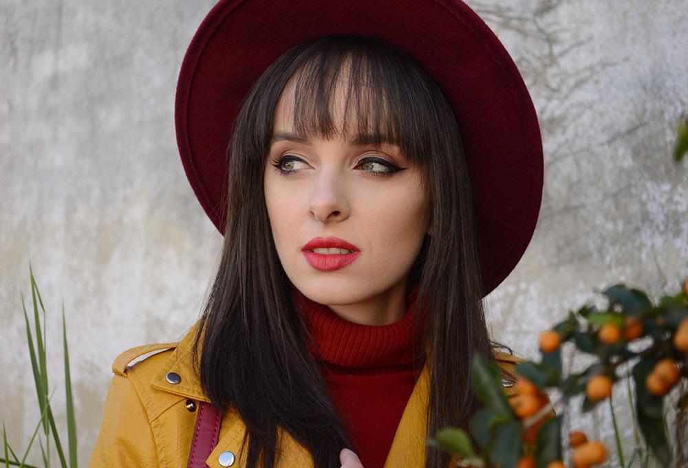 miss-atomic-bomb-look-com-jaqueta-amarela-blog-ela-inspira-11