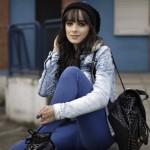 Thunder – Look com jaqueta jeans e moletom