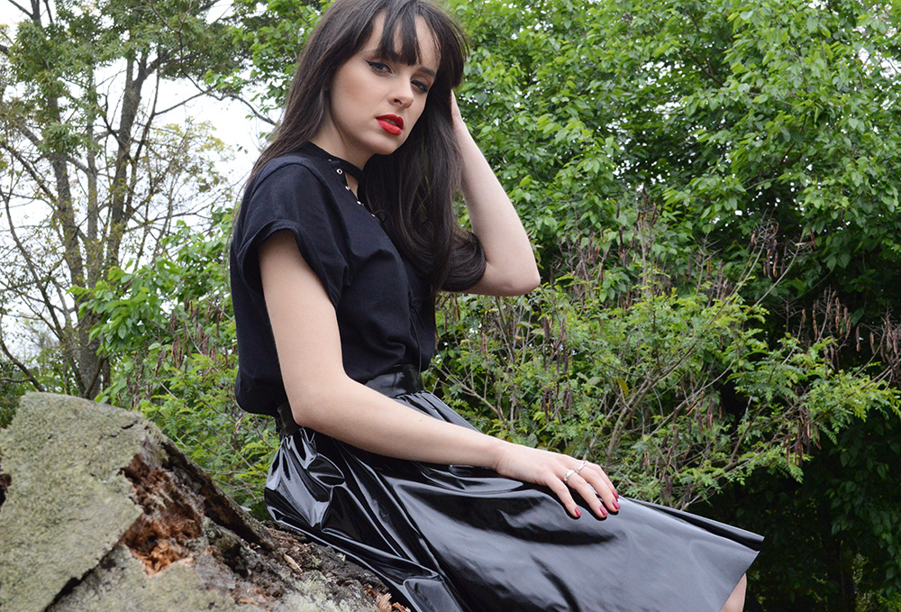 shadowplay-look-com-saia-de-vinil-blog-ela-inspira-7