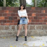 Shake it out – Look com minissaia jeans