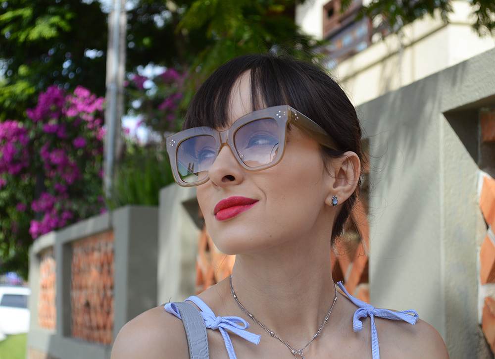 Do Right – Look com máxi óculos - Ela Inspira f187f3f6bd
